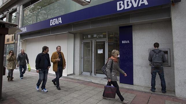 Siete oficinas bancarias cierran al d a desde el estallido for Oficina bbva malaga