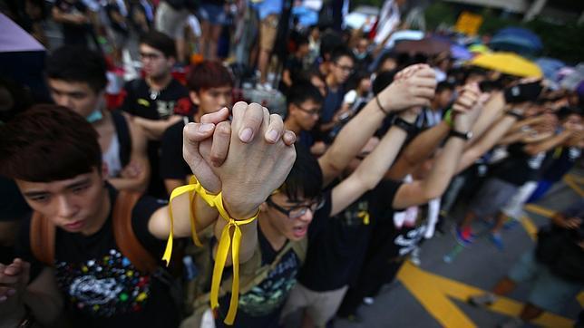 AUMENTA LA VIOLENCIA EN HONG KONG