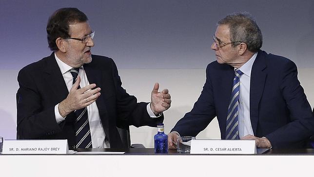 Rajoy: «Hay un profundo cambio de tendencia en el mercado de trabajo»
