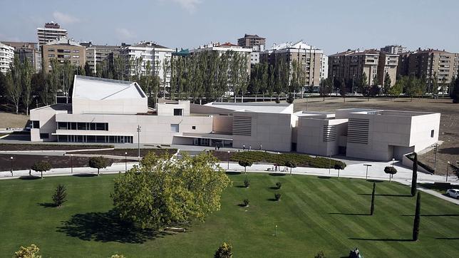 Vista del Museo Universidad de Navarra en el Campus universitario de Pamplona