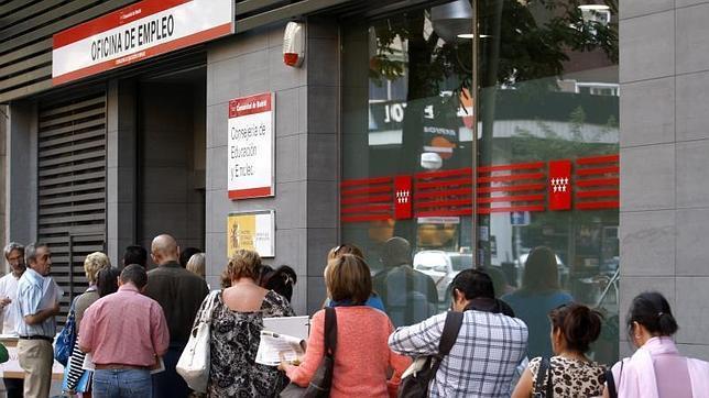 Diez medidas para impulsar el empleo aut nomo en madrid for Oficina registro madrid