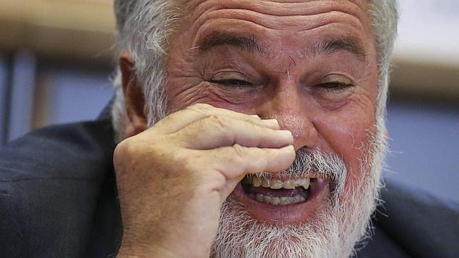La elección de Arias Cañete en Europa deja en evidencia al PSOE