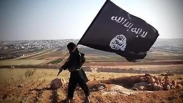 ¿Qué historia hay detrás de la bandera negra del Estado Islámico?