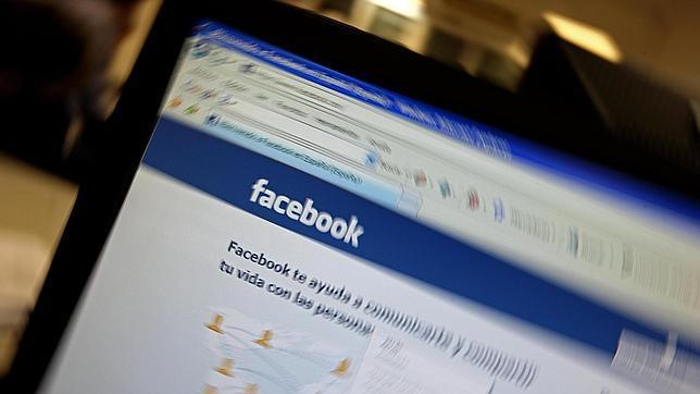 El detenido se creó un perfil falso en las redes sociales para contactar con menores