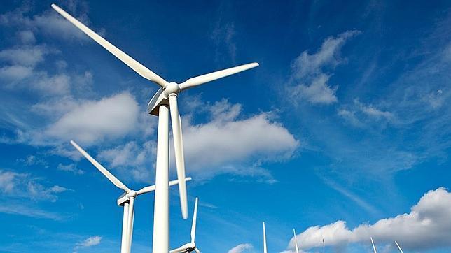 El Supremo rechaza suspender de forma cautelar el decreto de energías renovables