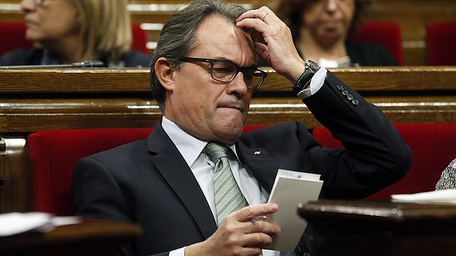Artur Mas renuncia a la consulta y ERC fuerza el anticipo electoral