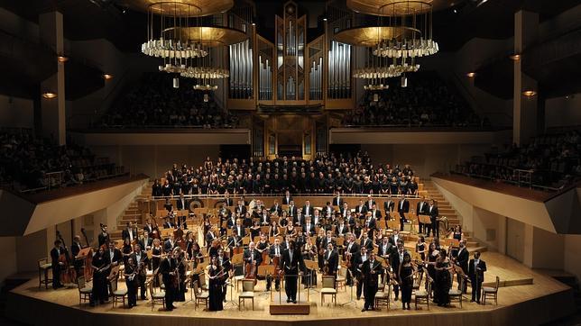 Fundaci n excelentia organiza el concierto m sica y for Oficina internacional de origen correos