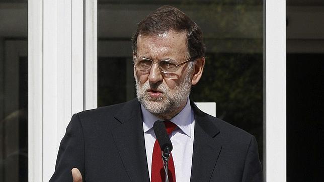 Mariano Rajoy, a las puertas del hospital Carlos III