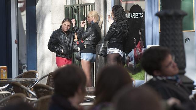 prostitutas san fernando cadiz prostitutas recogidas granada