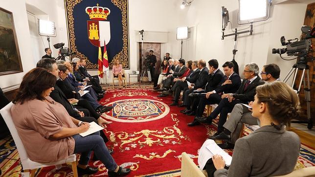 Cospedal durante la entrevista con directores de medios de comunicación de Castilla-La Mancha