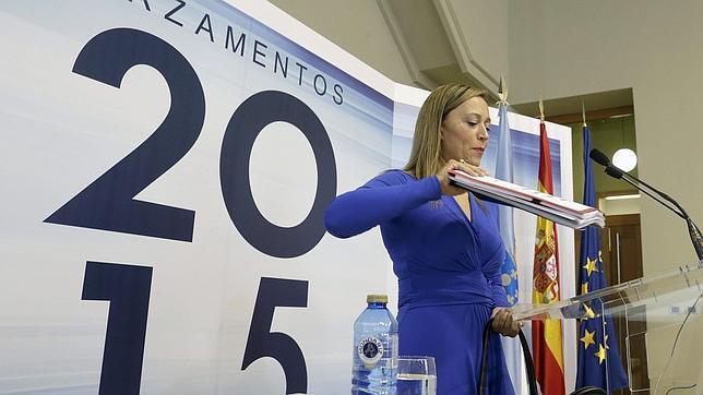 La conselleira de Facenda, Elena Muñoz, este lunes en el Prlamento