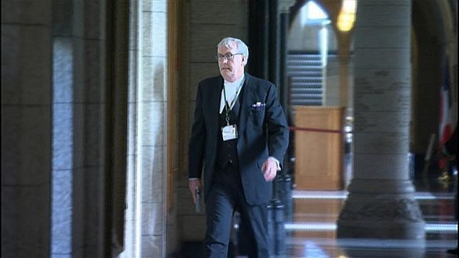 Canadá celebra al veterano Vickers, el héroe que abatió al terrorista en el Parlamento