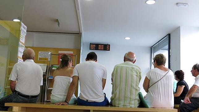 El paro en galicia se reduce en personas en el - Oficina de empleo galicia ...