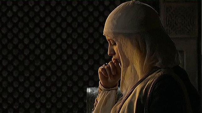 Isabel, rezando