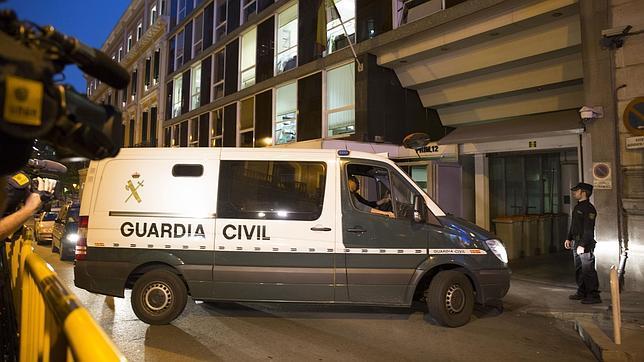 Libertad bajo fianza de 60.000 euros para el alcalde de Parla