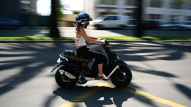 El estudio de la Fundación Línea Directa determina que scooter, motos de carretera y custom configuran el 'top 3' de los vehículos a dos ruedas con mayor siniestralidad.