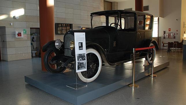 El Museo del Ejército expone el vehículo donde fue asesinado Eduardo Dato