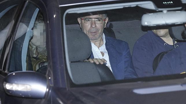 Francisco Granados, conducido anoche a un calabozo de Las Rozas