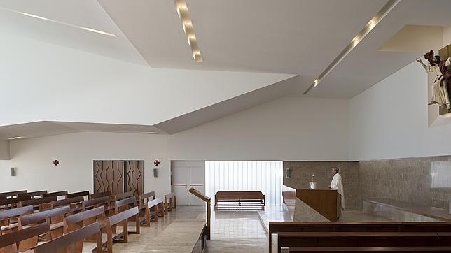 Algunos sacerdotes residen en la vivienda parroquial