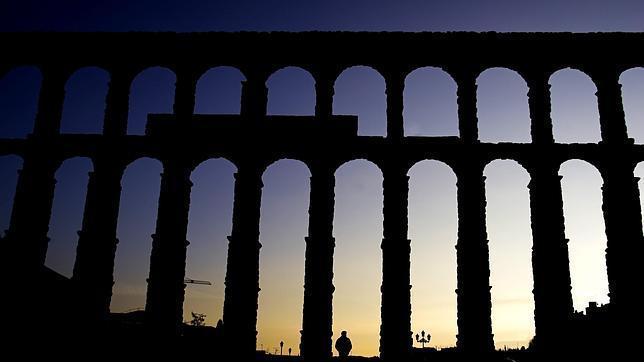 El Acueducto de Segovia esconde una leyenda en sus columnas