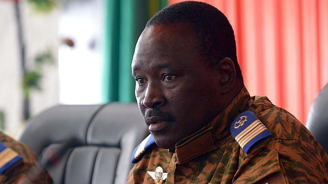 ¿Quién es el presidente interino de Burkina Faso?