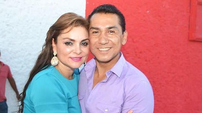 José Luis Abarca, alcalde de Iguala (México), junto a su mujer María de los Ángeles Pineda Villa