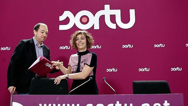 A Sortu también le inquieta el avance de Podemos