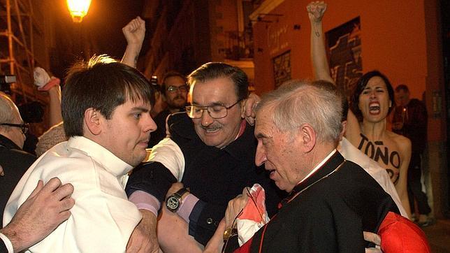 España, entre los 55 países en los que empeora la situación de los cristianos