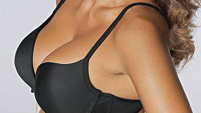 Los motivos científicos por los que los hombres se sienten atraídos por los pechos femeninos