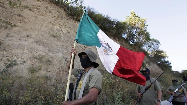 Manifestantes en México protestan contra la violencia y piden justicia para los 43 desaparecidos