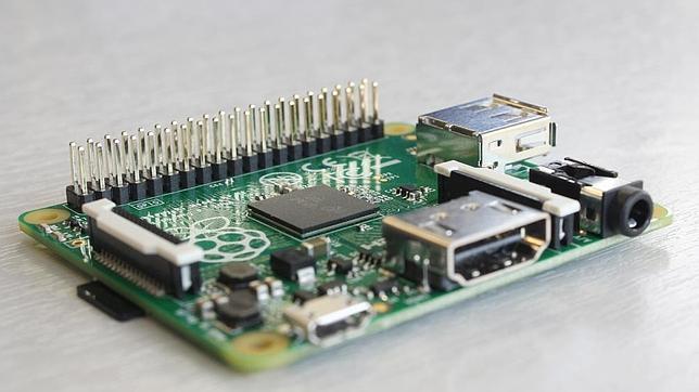 Raspberry Pi presenta un modelo de mini-ordenador más pequeño y más barato