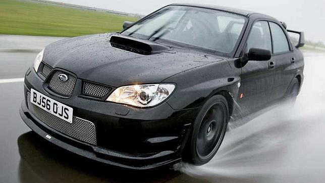 Es preciso adaptar la conducción a las condiciones meteorológicas adversas para evitar percances.