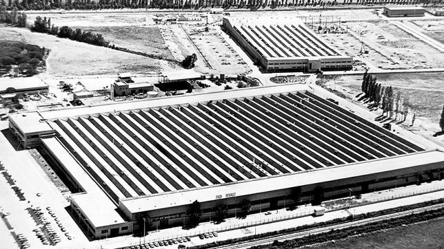 La fábrica de Fasa Renault en Valladolid se quemó en 1974