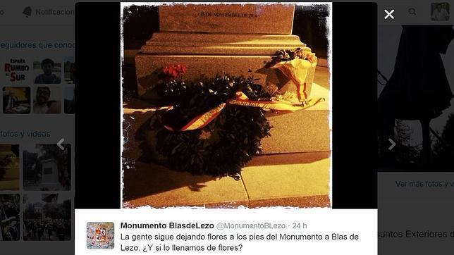 Tuit donde se propone cubrir la estatuta de Blas de Lezo de flores