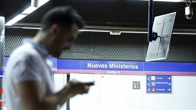 La estación de Nuevos Ministerios que enlaza con el aeropuerto Adolfo Suárez Madrid-Barajas