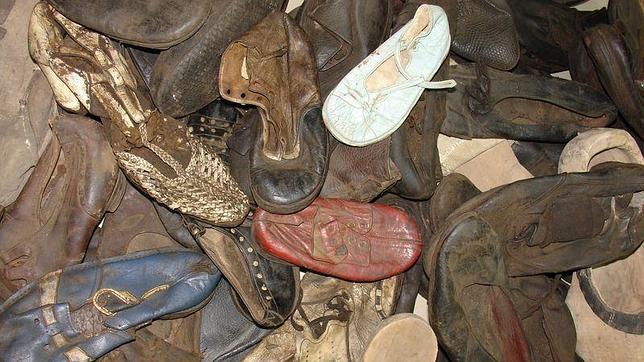 El ins lito robo de zapatos en el campo de concentraci n nazi de majdanek - La casa del nazi ...