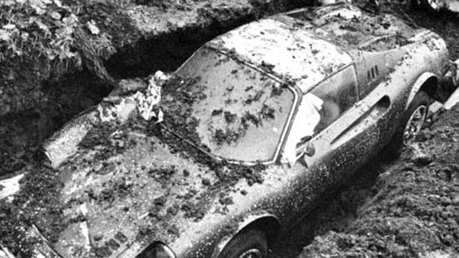 La increíble historia del Ferrari que apareció enterrado en un jardín