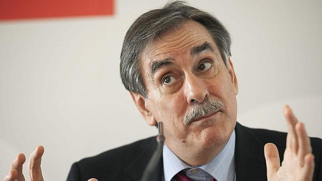 Valeriano Gómez fue ministro de Trabajo con José Luis Rodríguez Zapatero
