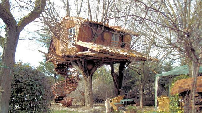 Diez casas de vacaciones donde desconectar en a o nuevo for Alquiler casa arbol