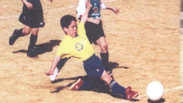 Isco, en un partido de su infancia