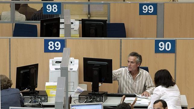 Los beneficiarios de las nuevas deducciones familiares for Oficina tributaria madrid