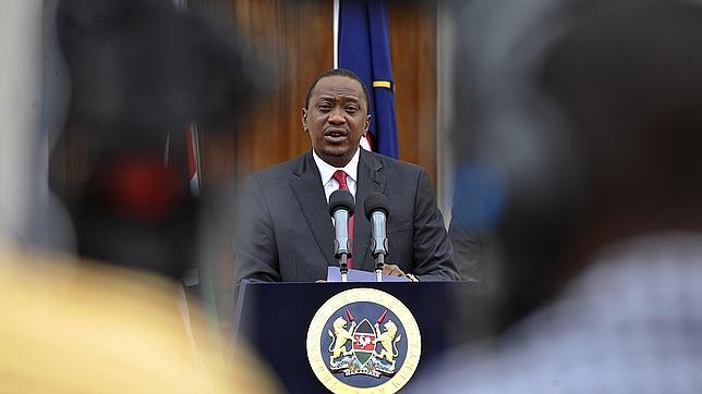 El presidente de kenia cambia al ministro del interior y for Nombre del ministro de interior y policia