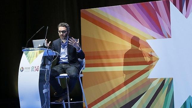 Nick Bilton durante su intervención en el FICOD