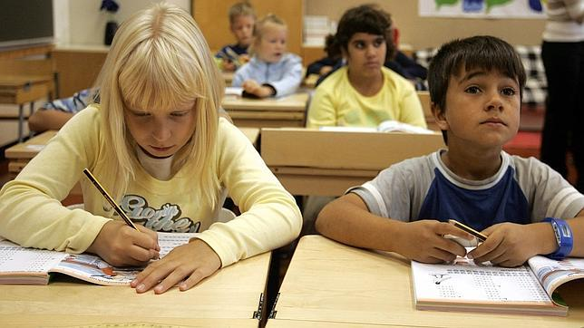 Alumnos en una escuela primaria en Vaasa (Finlandia)