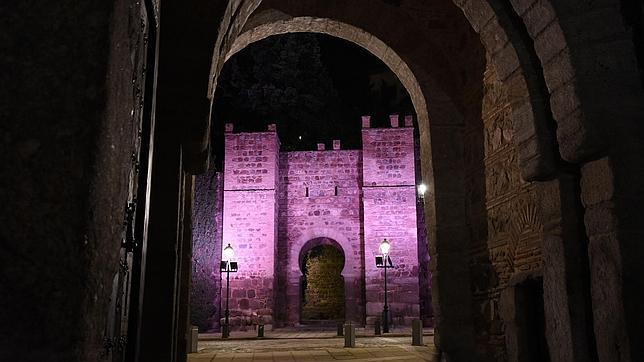 El Puente de Alcántara será iluminado en varios colores
