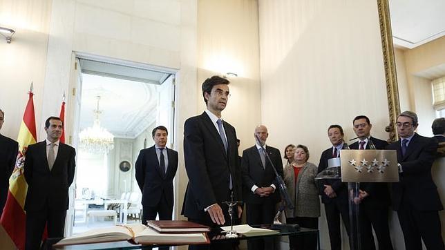 Javier Maldonado, en el momento de la toma de posesión de su nuevo cargo como consejero de Sanidad