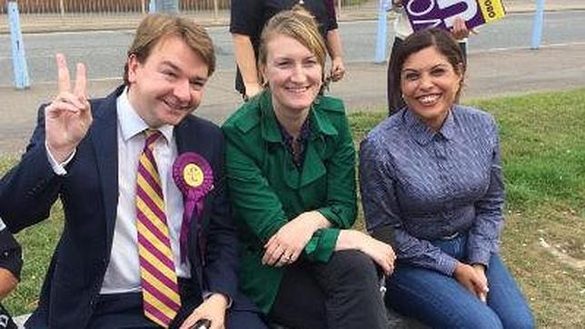 Un escándalo sexual retira al secretario general del partido eurófobo británico UKIP