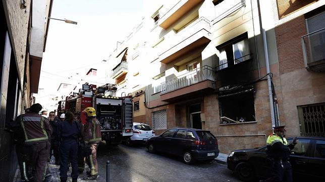 Un muerto y cinco heridos en una explosión en un piso de Mollet ... - ABC.es