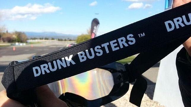Las gafas Drunk Busters de ALD Automotive permiten entender cómo es la visión con una dosis de 1,2 mg de alcohol en vena.