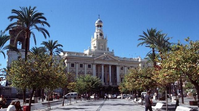Cádiz, la ciudad más antigua de Occidente, y otras capitales de provincia milenarias